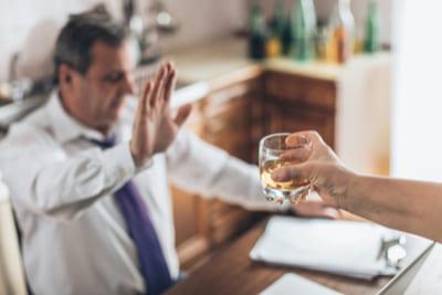 Кодирование от алкоголизма в Астрахани